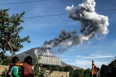 Aftermath of Mount Sinabung volcanic eruption in Indonesia ...