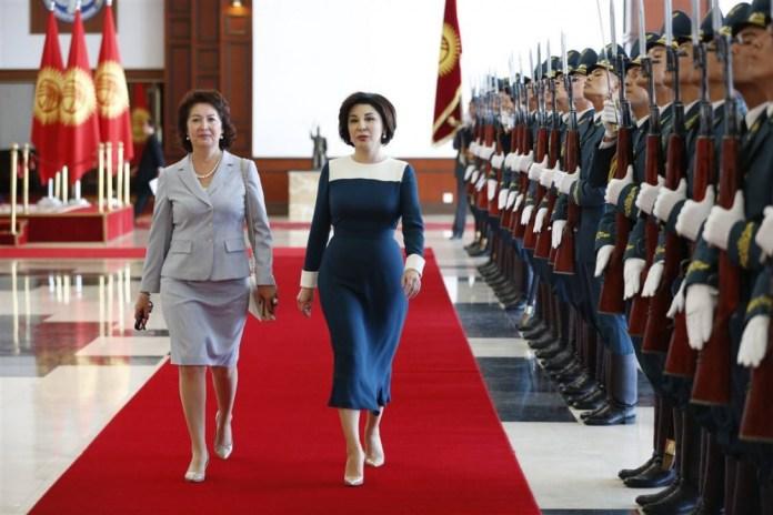 Фото дня: первые леди Кыргызстана и Узбекистана в Бишкеке