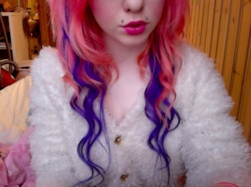 Angel-bites-jellypelly.com-linnea-piercings-pink-hair-purple-hair-favim.com-56483_large