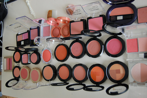 Beauty-full-girl-makeup-peach-favim.com-124622_large