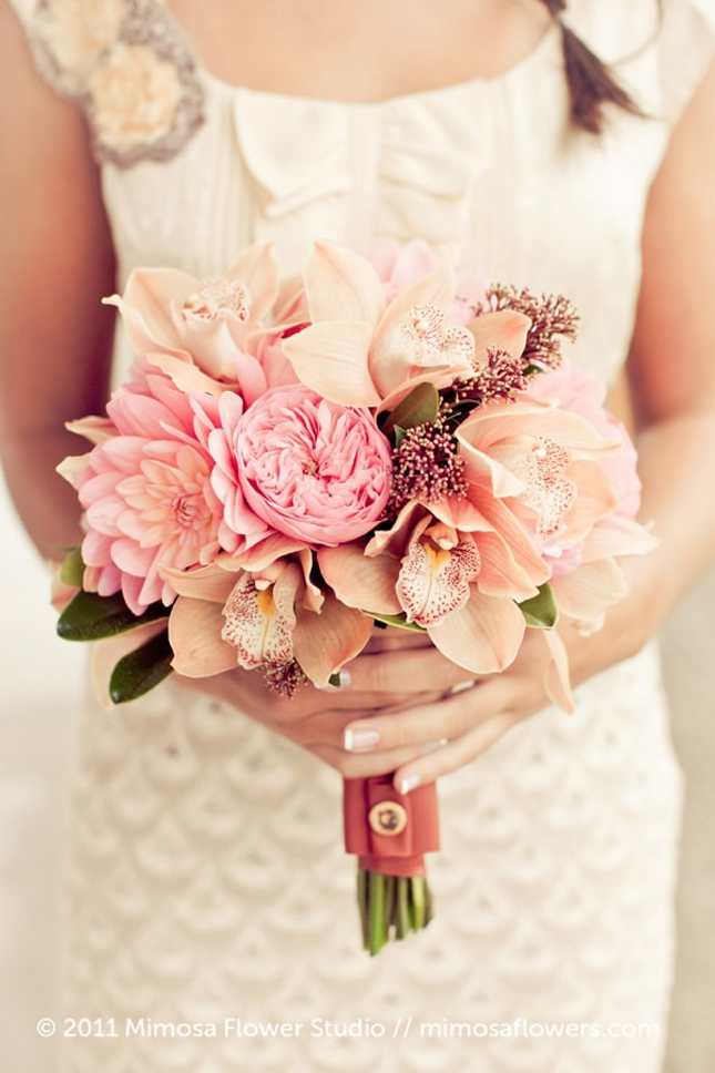 25 Stunning Wedding Bouquets Belle The Magazine The Wedding