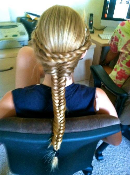 Amazing-hairstyle-different-braids-bun-blonde-colored-purple-pink-maron-french-braid-flower-braid-long-hair_(5)_large