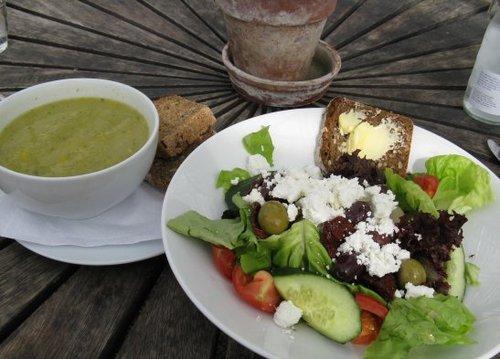 Var_goda_lunch_soppa_och_sallad_large
