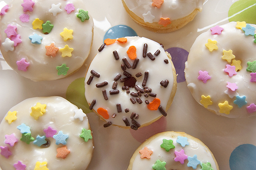 Baked-donuts-5_large