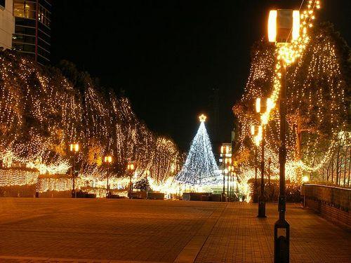 https://i2.wp.com/data.whicdn.com/images/44871978/wallcoo.com_Christmas_wallpaper_christmas_Night_view_121_large.jpg