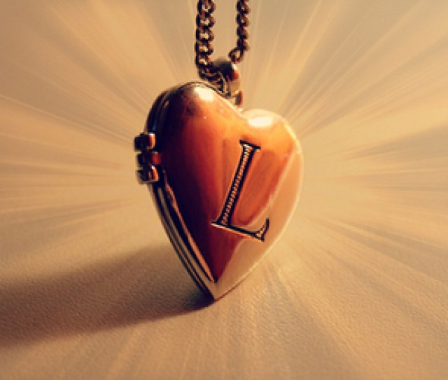 L Letter And Necklace Image