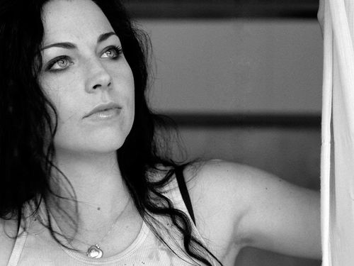 Amy-lee-54_large