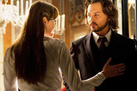 The-tourist-johnny-depp-angelina-jolie-interview_large