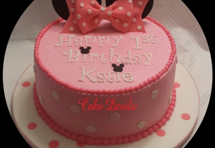 Minnie Mouse Birthday Cake Shared By Cake Devils