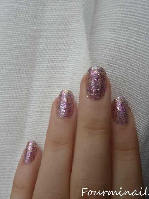 swatch sparkling violet mavala