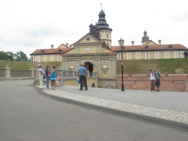 Центральный вход в замок Несвиж