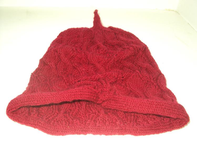 шапка спицами «Лепестки»
