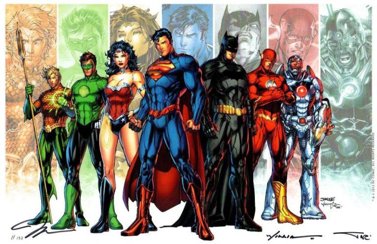In order from left to right: Aquaman, Green Lantern, Wonder Woman, Superman, Batman, Flash and Cyborg.