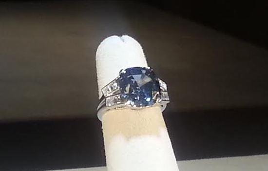 blue_diamond_close