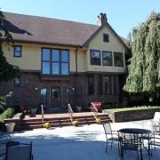 The Rutgers University Inn patio