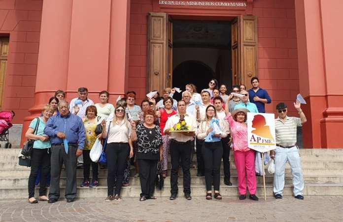 Socios y empleados de la mutual en el marco de las celebraciones de la Virgen del Valle