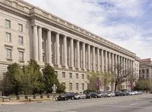 IRS_building(400w)_102616