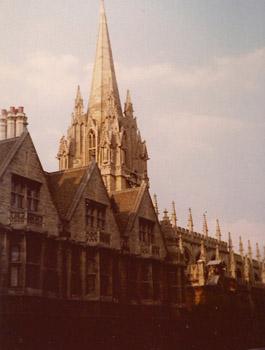 Oxford19772ImageTVS