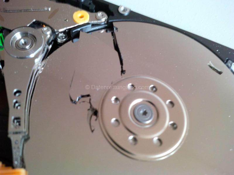 Festplatte gefallen, Oberfläche zerstört
