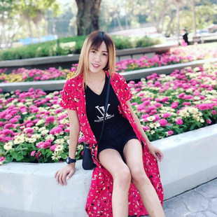 Cute and hot thai ladyboys in bangkok - enjoy dinner with it