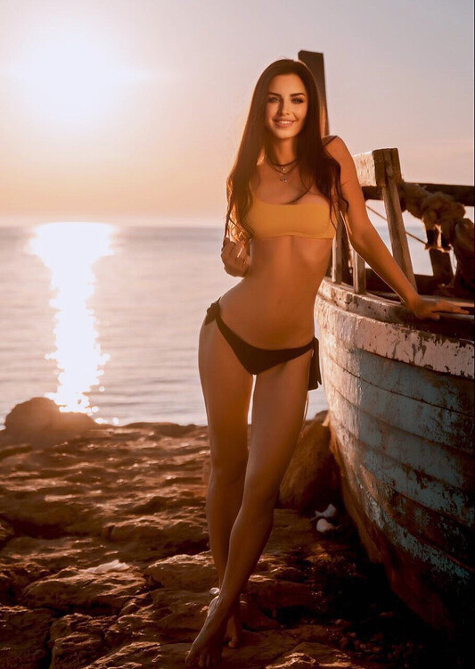 Elena dating marriage chat