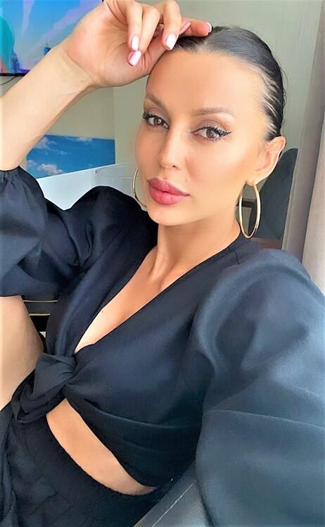 Tatyana dating woman 6 years older