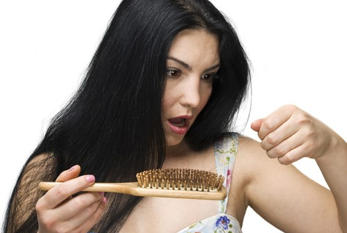 5 cách trị rụng tóc tại nhà đơn giản mà hiệu quả