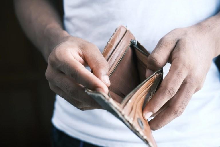 gánh nặng tài chính