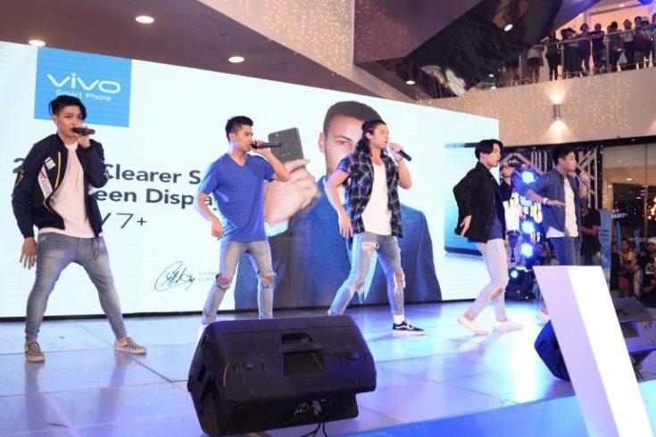 Vivo V7 Launch with Boyband PH