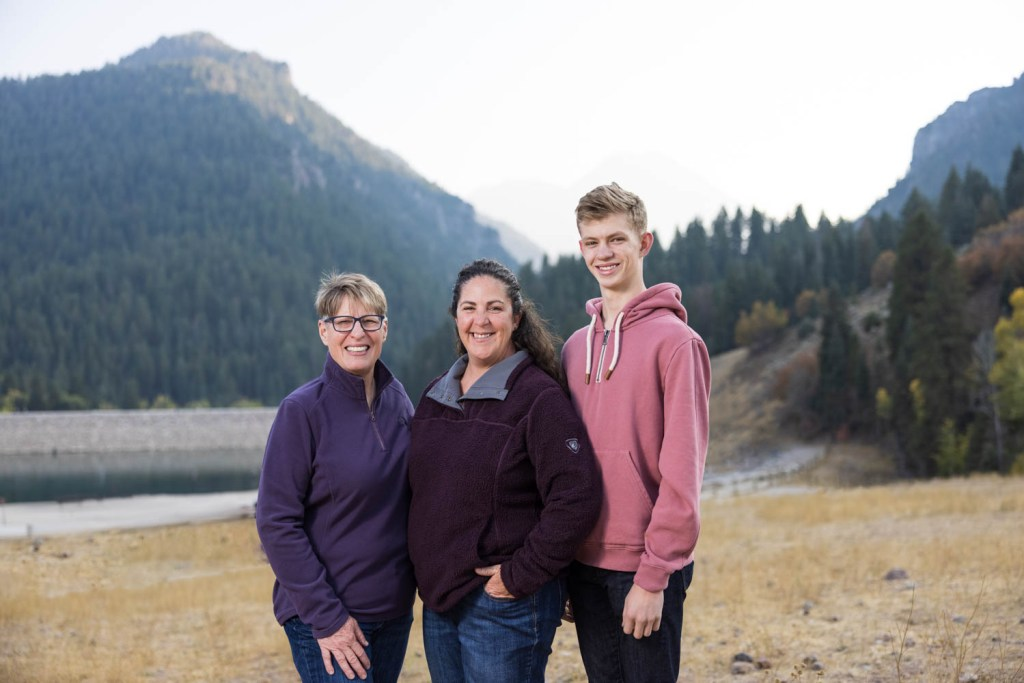 Tibble Fork is great for portraits