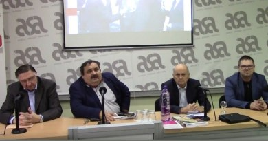 Videá z diskusie: Lorenc vs. Čarnogurský
