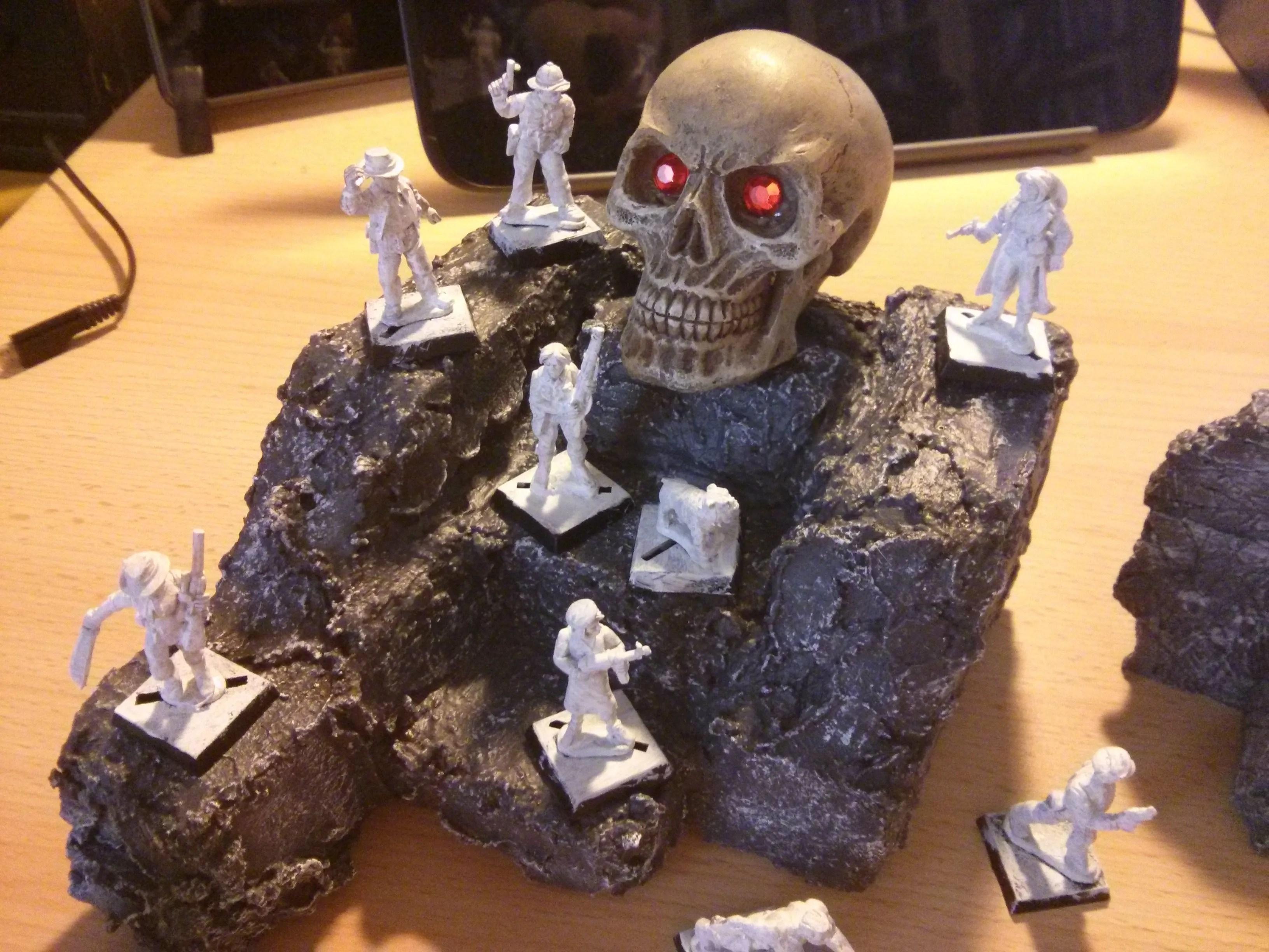Skull Monument - Miniature Modelling