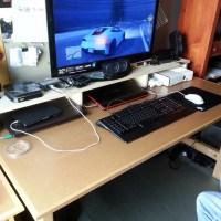 Simple Desk:  Riser