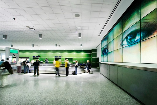 Photo of Baggage claim At Oakland Airport by YHLA