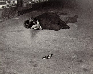 [Photograph by weegee 'Hell's kitchen']