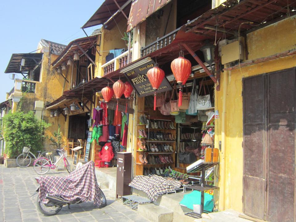A shop in Hội An