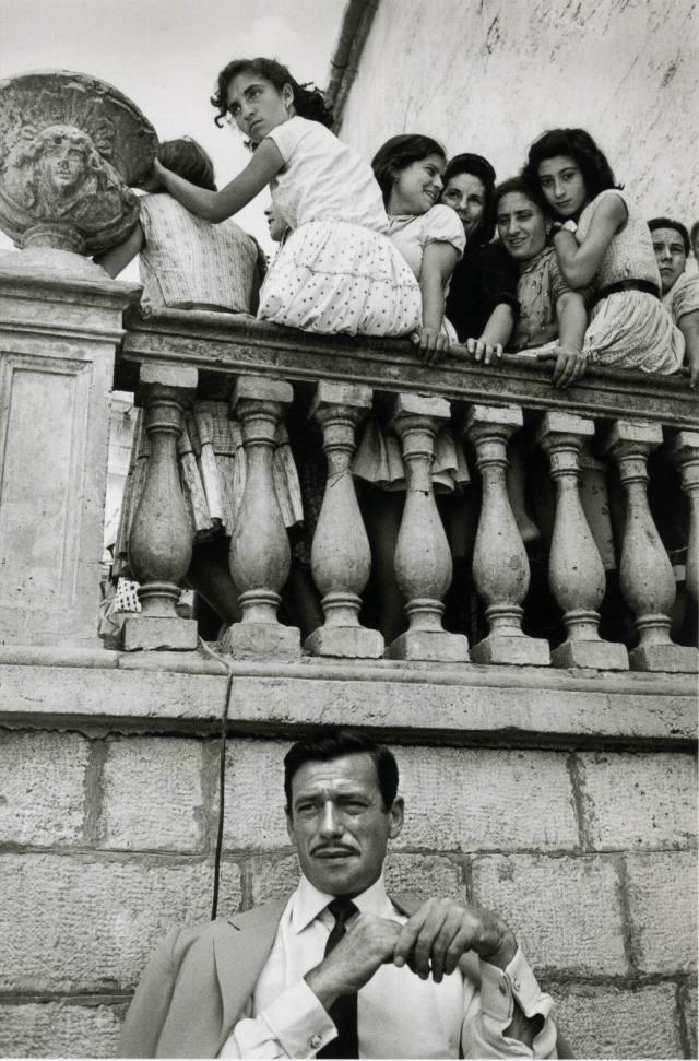 sieff-1958-yves-montand-en-italie-fb-1.jpg