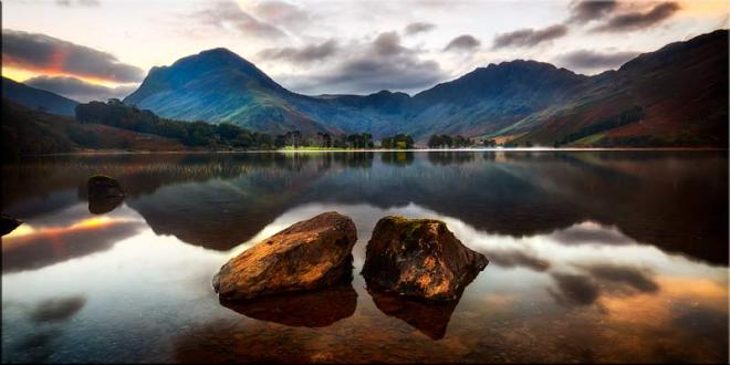 Buttermere Rocks - Canvas Print