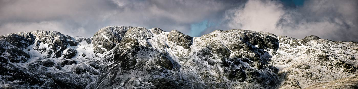 Winter snow covering the rocky slopes of Crinkle Crags in Langdale - UltraHD Print with Aluminium Backing
