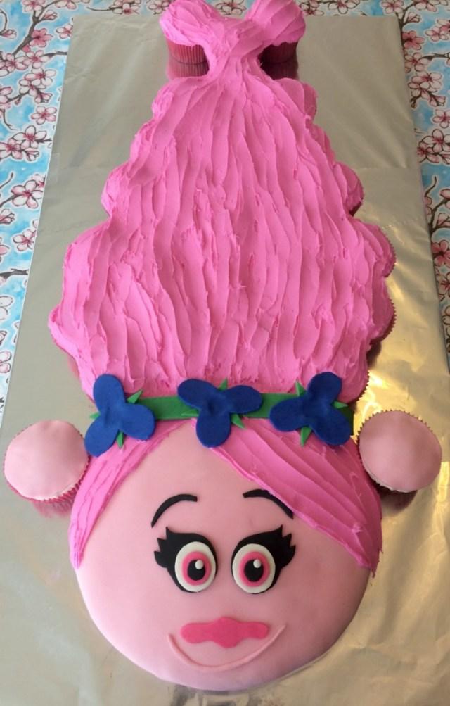 15Th Birthday Cakes 15 Birthday Cupcake Cake Ideas Recipes Tip Junkie