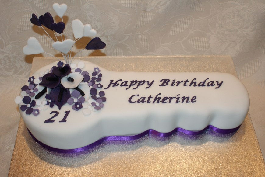 21St Birthday Cake Ideas Key To The Door Traditional 21st With Heart Spray And
