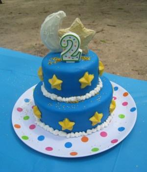 2Nd Birthday Cake Moon And Stars 2nd Birthday Cake Thinker Mommy