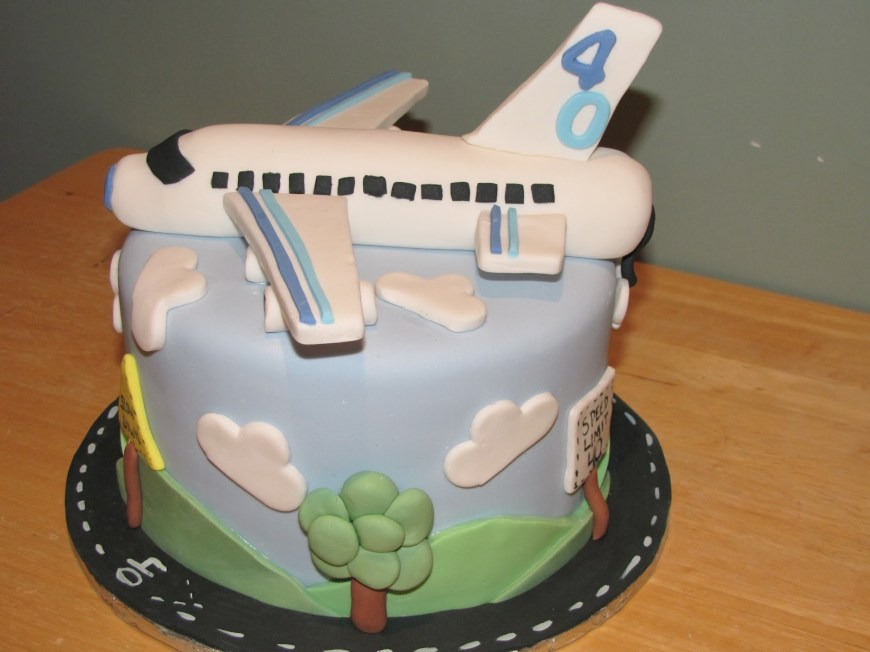 Airplane Birthday Cake Ann Maries Creative Cakes 40th Airplane Cake And Cupcakes