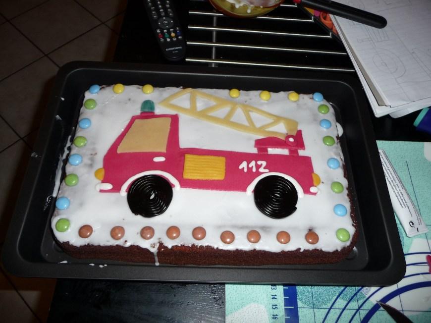 Birthday Cake Farts Feuerwehrkuchen Koch Backrezepte In 2019 Cake Birthday Und