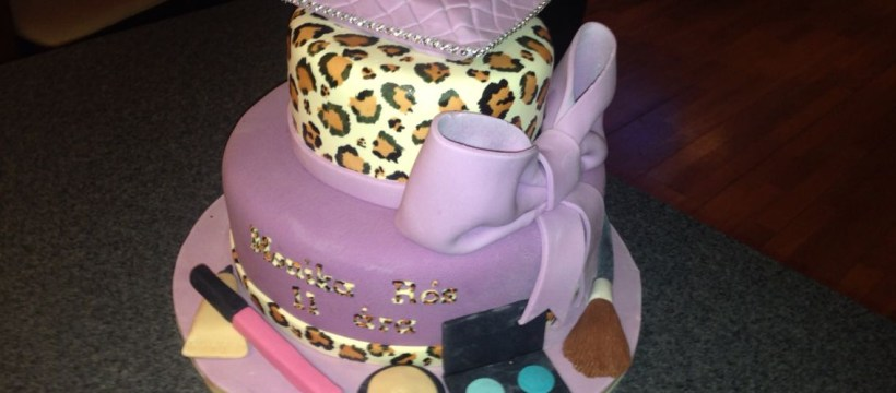 Birthday Cake For 11 Years Old Girl Birthday Cake For A 11 Year Old Girl Kids Cakes Pinterest