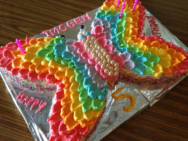 Butterfly Birthday Cakes A Rainbow Butterfly Party Rainbows Pinterest Butterfly Cakes