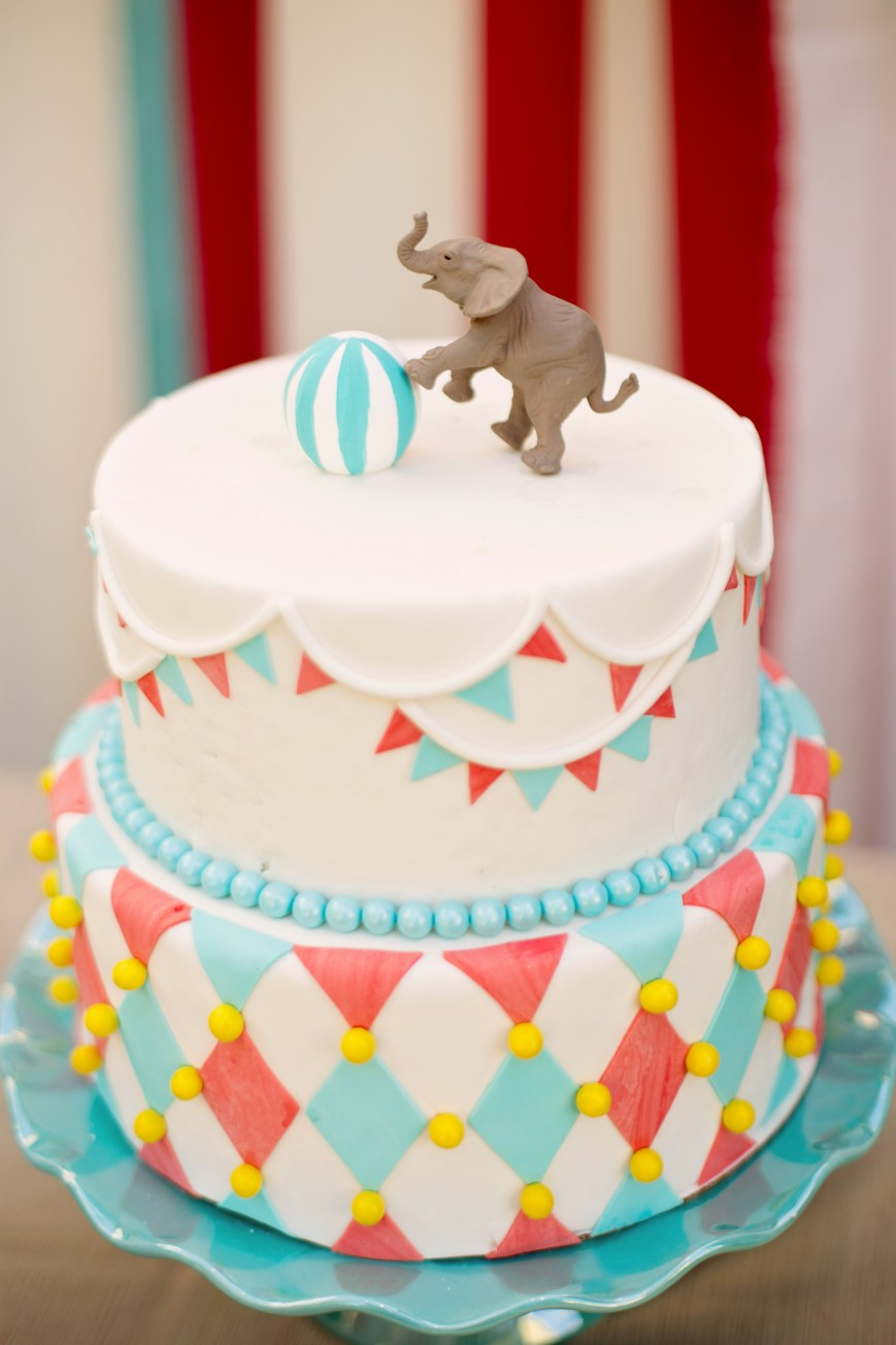Carnival Birthday Cakes Vintage Circus Themed Birthday Cake Vintage Circus Theme Sweets
