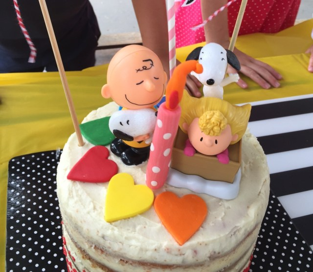 Charlie Brown Birthday Cake Charlie Brown Peanuts Gang Themed Party