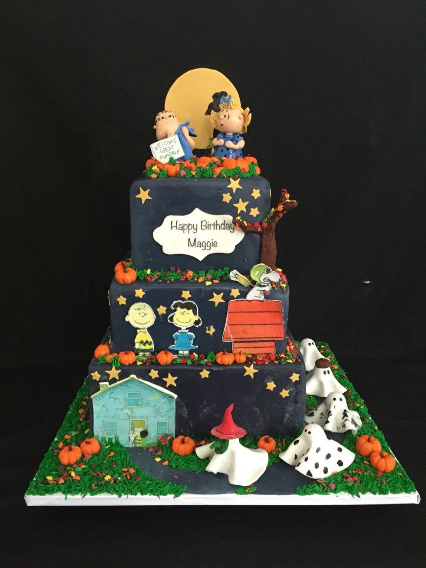 Charlie Brown Birthday Cake Its The Great Pumpkin Charlie Brown Cake Cakes Duh In 2018
