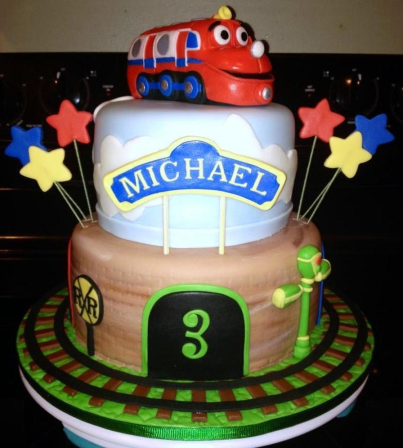 Chuggington Birthday Cake Chuggington Birthday Cake Vanilla And Chocolate Covered And